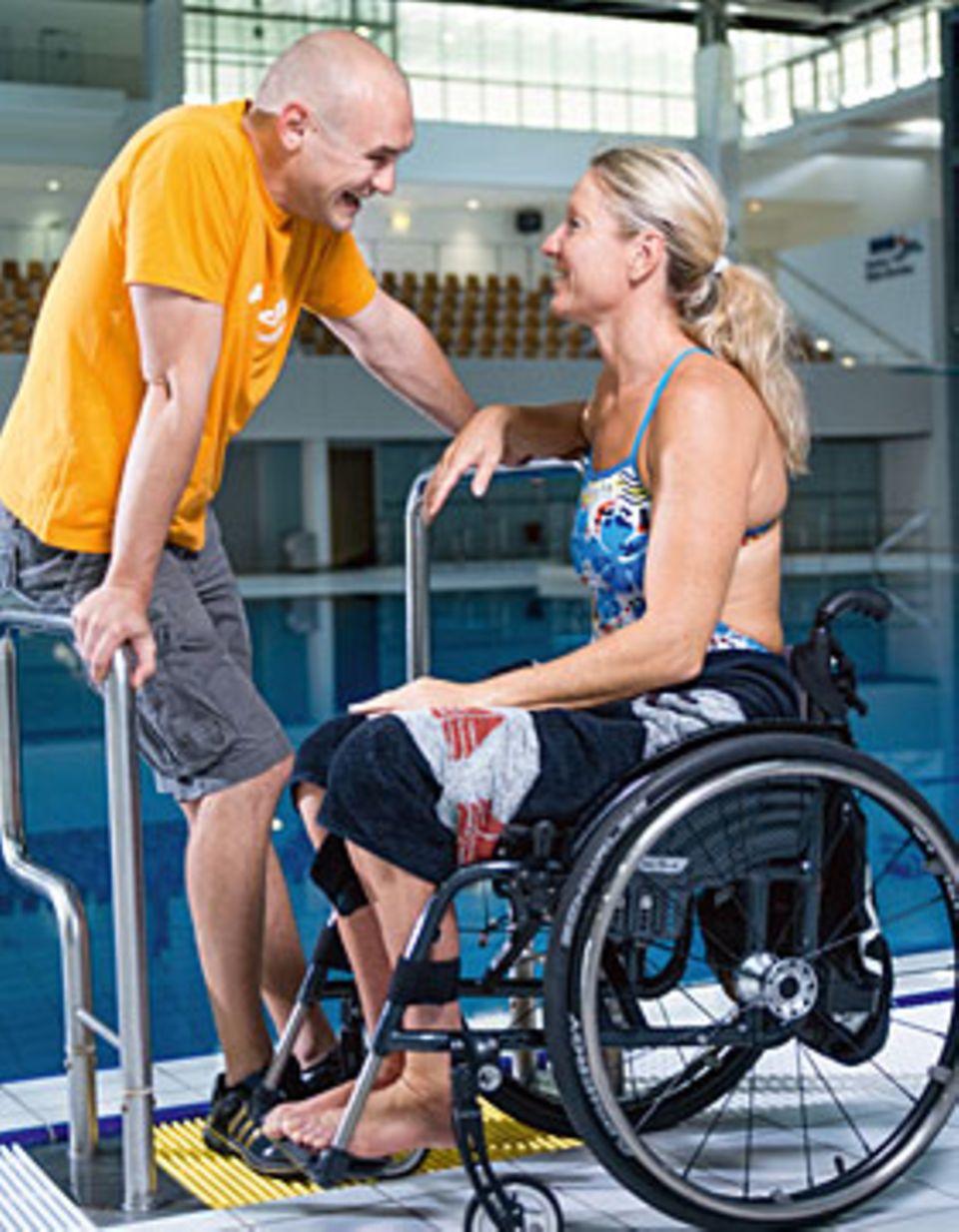 Auf Mitleid hat Kirsten Bruhn keine Lust. Das Wasser ist für sie wie eine Befreiung, dort spürt sie keine Schmerzen.