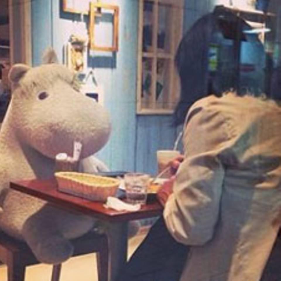 So macht allein essen gehen mehr Spaß