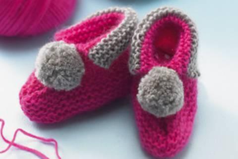 Babyschuhe stricken - perfekt zur Geburt
