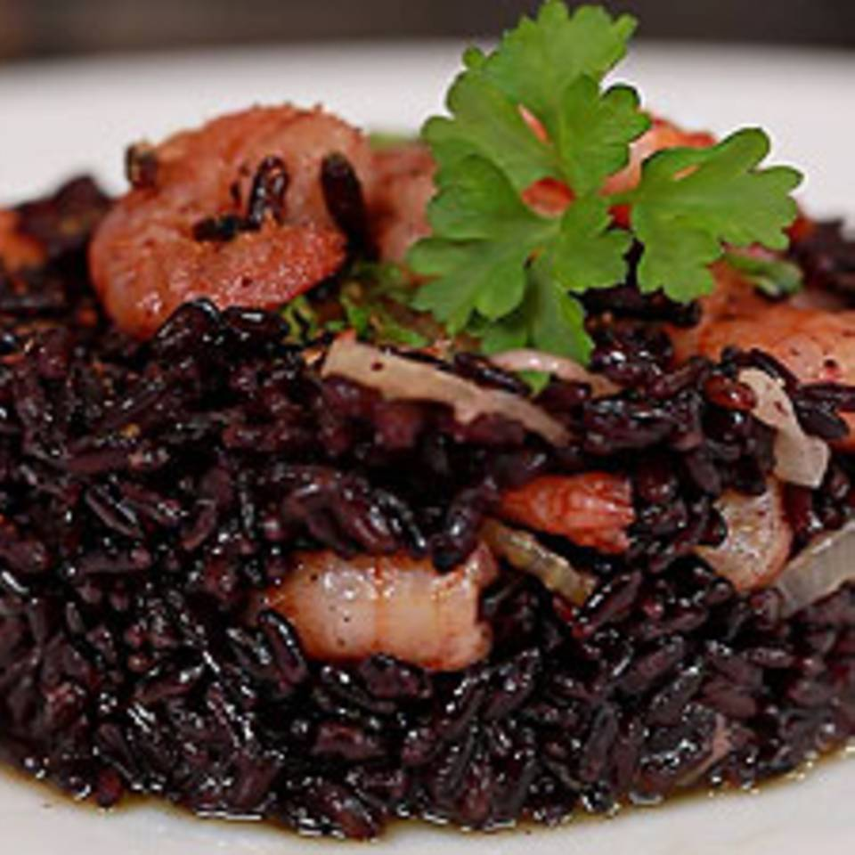 Riso Venere Con Gamberetti E Bottarga - Schwarzer Reis mit Garnelen und Fischrogen - eine Video-Kochschule