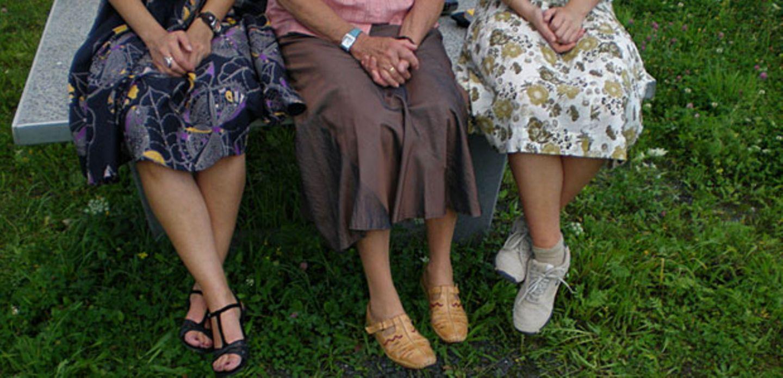 Frauen aus drei Generationen reden über Sex