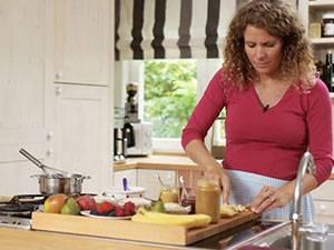 Annettes kleine Küche: Getreide-Obst-Brei: Das Rezept für Babys Nachmittagsbrei
