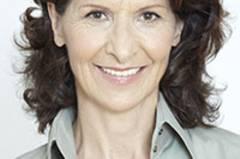 Antonia Rados, promovierte Politologin, ist Deutschlands bekannteste TV-Reporterin. Für ihre Arbeit in Krisenregionen wurde sie mehrfach ausgezeichnet. Die gebürtige Österreicherin lebt in Paris.
