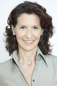 Ägypten: Antonia Rados, promovierte Politologin, ist Deutschlands bekannteste TV-Reporterin. Für ihre Arbeit in Krisenregionen wurde sie mehrfach ausgezeichnet. Die gebürtige Österreicherin lebt in Paris.