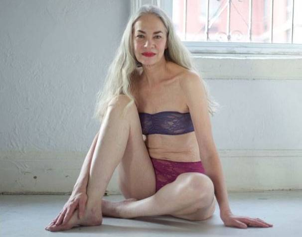 Ältere schlanke frauen nackt paderborn sex