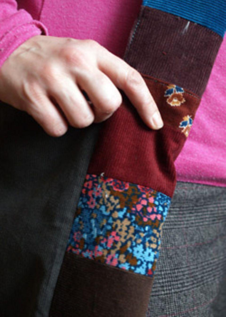 Sie sieht die Hippie-Tasche aus, wenn sie fertig ist!
