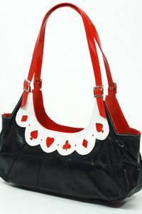 Handtasche für ca. 23 Euro bei  www.killerkirsche.de