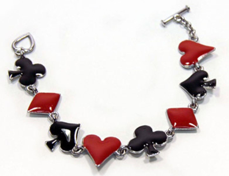 Armband mit verschiedenen Motiven für ca. 10 Euro bei www.killerkirsche.de