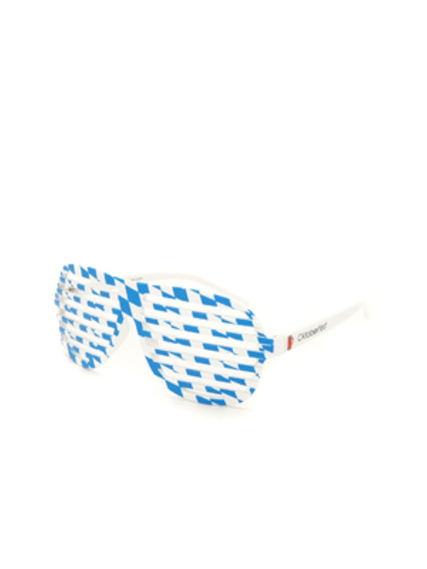 Diese Brille sorgt garantiert für den Durchblick. Na gut, nach mehreren Maß Bier vielleicht nicht mehr so ganz... Rosh Vogue, um 10 Euro.