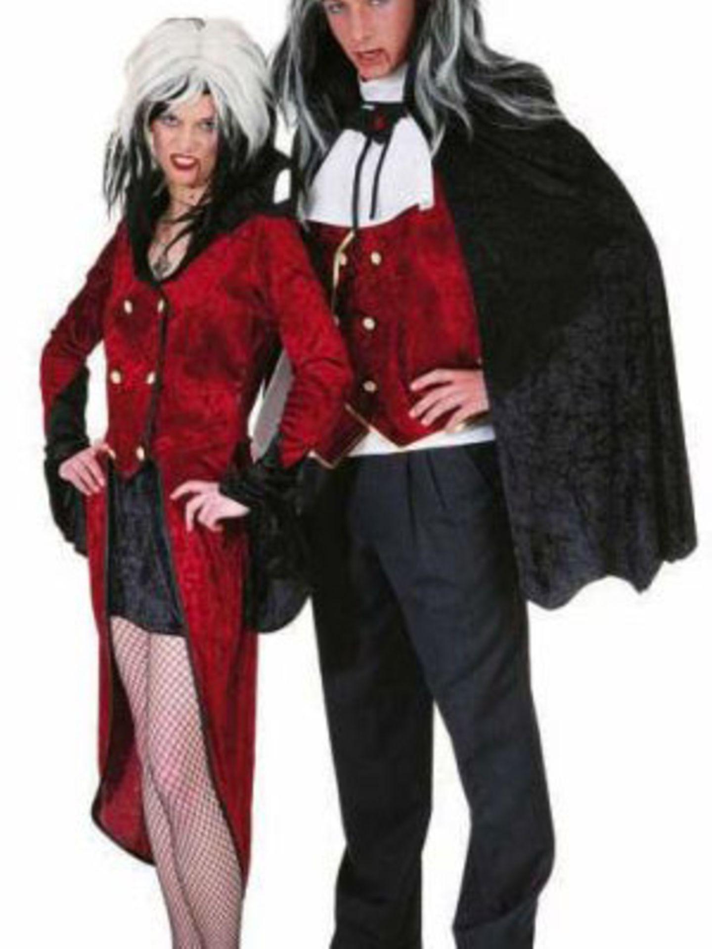 Kostüm Vampir Lady für ca. 47 Euro bei  www.gruselgruft.de