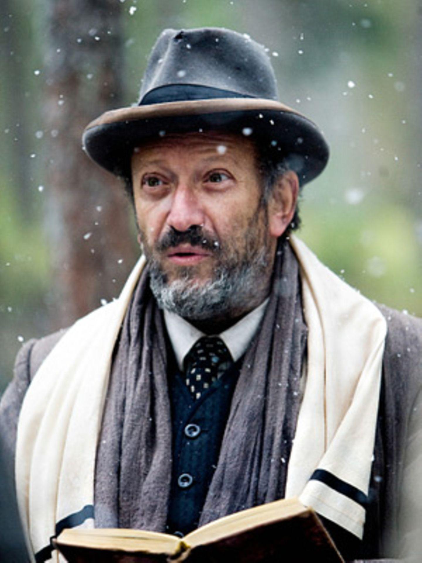 Lehrer Shimon (Allan Corduner)