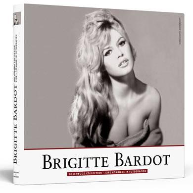 """Der Bildband """"BRIGITTE BARDOT"""" erscheint zum 75. Geburtstag der Diva am 28. September 2009 in der Reihe """"Hollywood Collection - Eine Hommage in Fotografien"""" im Berliner Verlag Schwarzkopf & Schwarzkopf zum Preis von 29,90 Euro."""