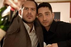 Drogen, Champagner und das große Geld: Brownie (Moritz Bleibtreu) und Chiko (Denis Moschitto) lassen die Korken knallen.