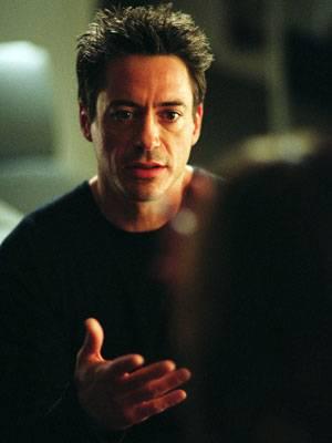 """TV-Tipp """"Kiss, Kiss, Bang, Bang""""    Auf der Flucht vor der Polizei platzt Gauner Harry (Robert Downey Jr.) in ein Casting und landet so in Hollywood."""