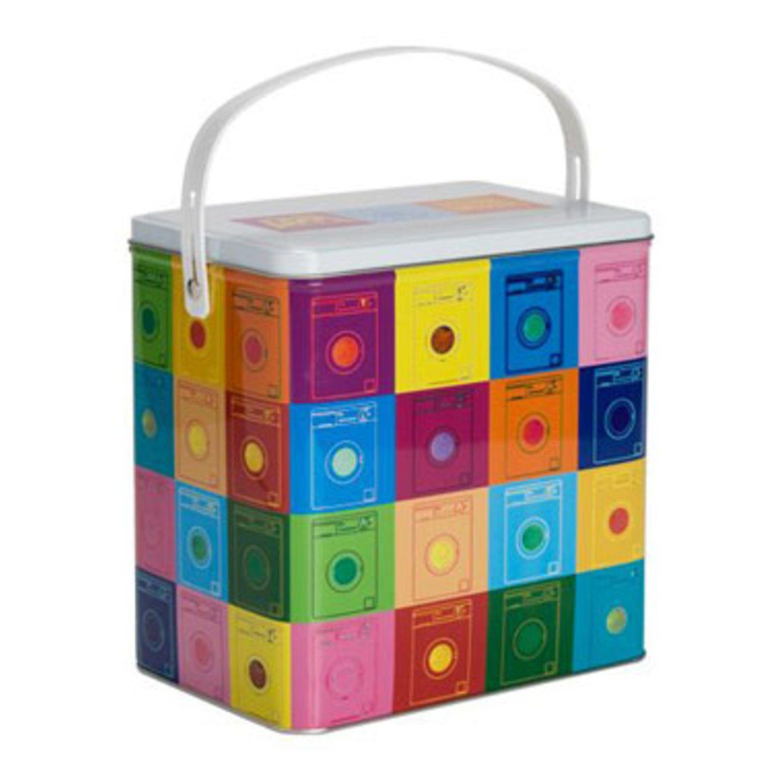Nix verpulvern!    Diese schöne Waschmitteldose setzt angerissenen Waschmittelverpackungen ein Ende und sieht dazu noch schön aus. Zu bestellen für 6,99 Euro zzgl. Versandkosten unter >> www.butlers.de/shop
