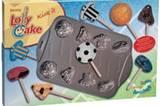 Kuchen am Stil zum selber backen. Die antihaft-beschichtete Backform zaubert acht tolle Fußballmotive. Egal ob aus Plätzchenteig, Schokolade, Eis oder Marzipan. Über >> www.design3000.de  für ca. 20 Euro