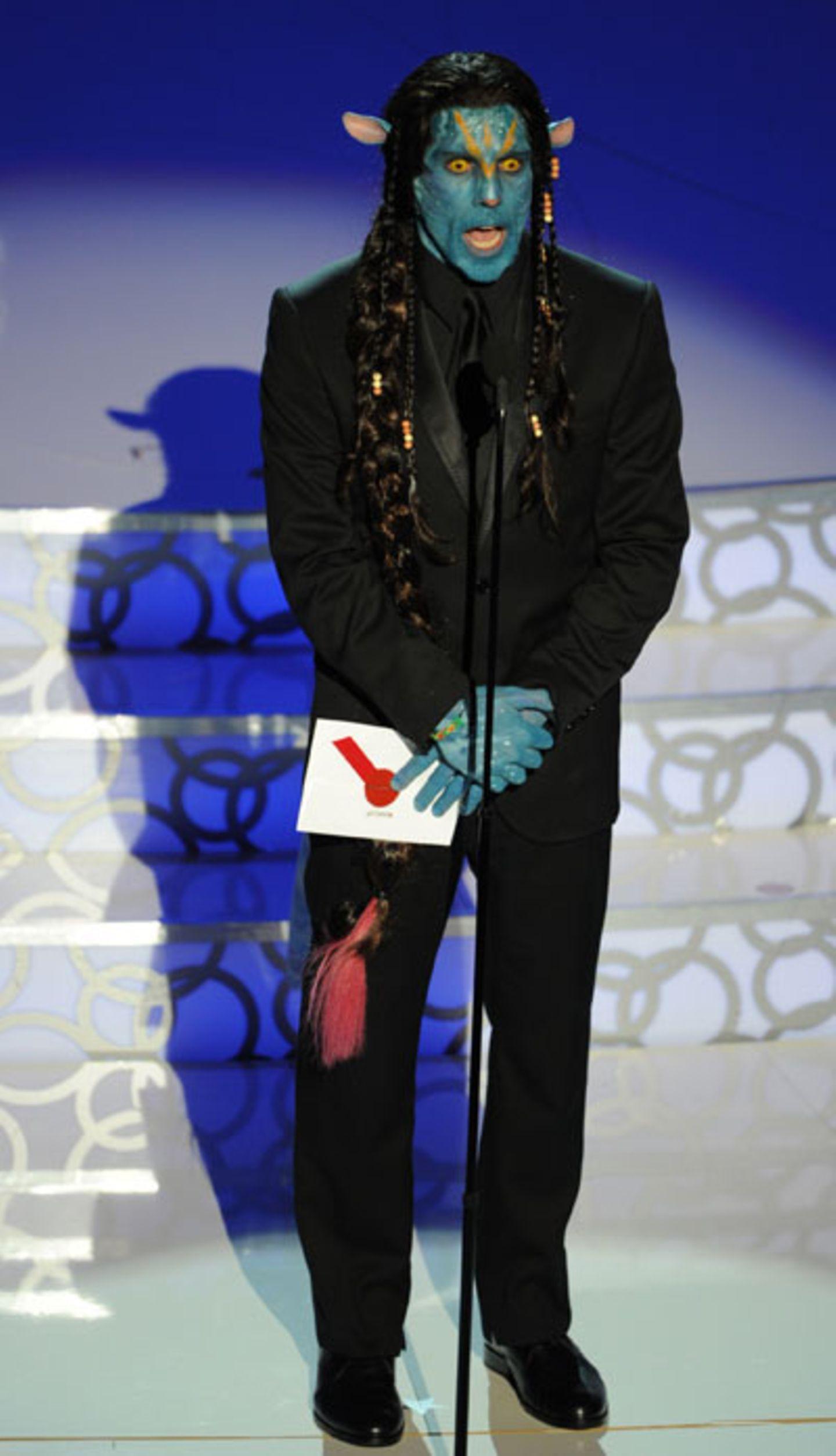 Ben Stiller Der Schauspieler, nie um einen Scherz verlegen, stattete Planet Erde und dem Kodak Theatre einen Besuch ab und erschien als blaugesichtiger Avatar - inklusive Schwanz! Sehr überzeugend!