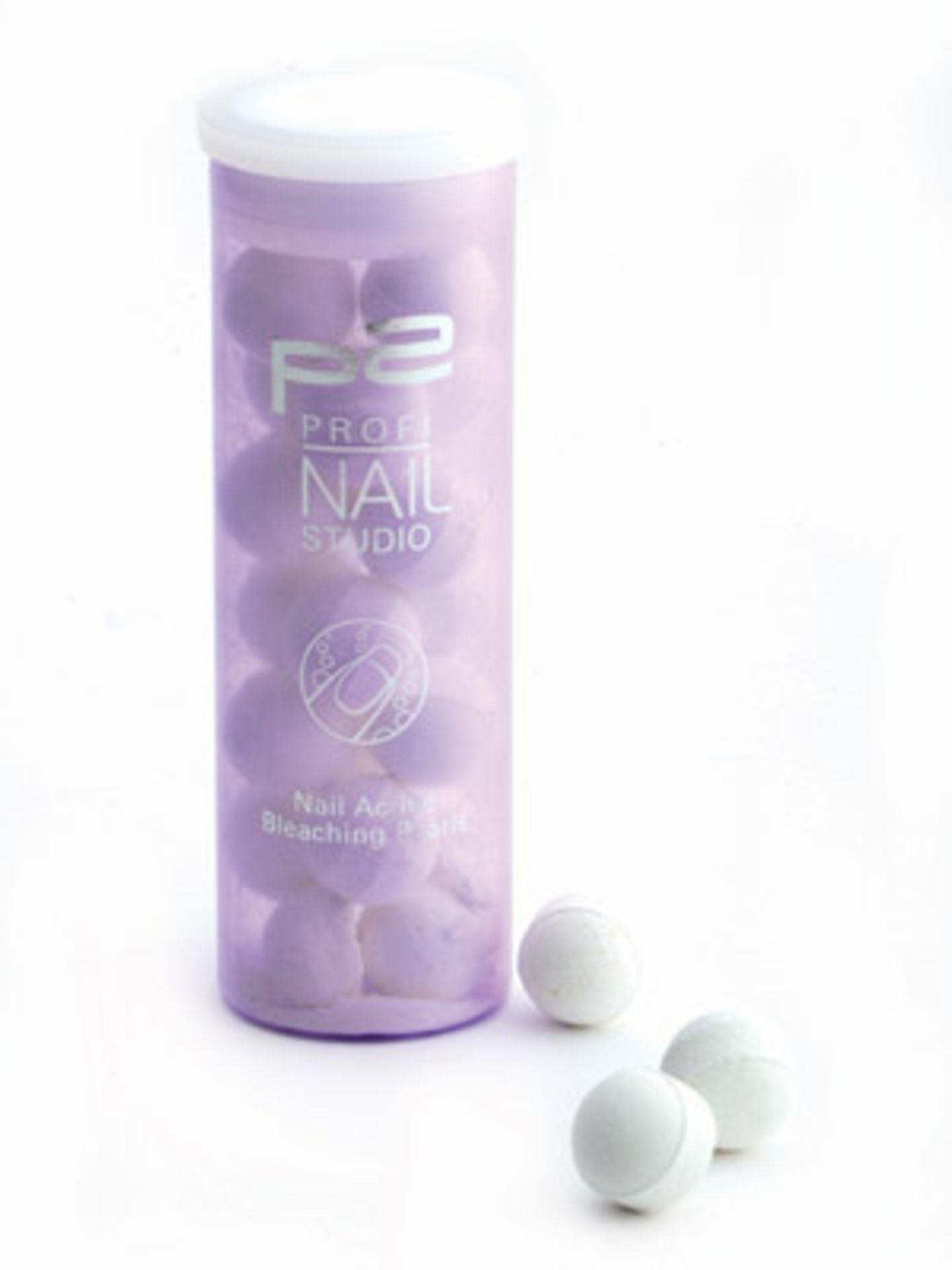 Sprudel-Tabletten mit aufhellender Wirkung bleichen vergilbte Nägel. Von P2, ca. 3,50 Euro.
