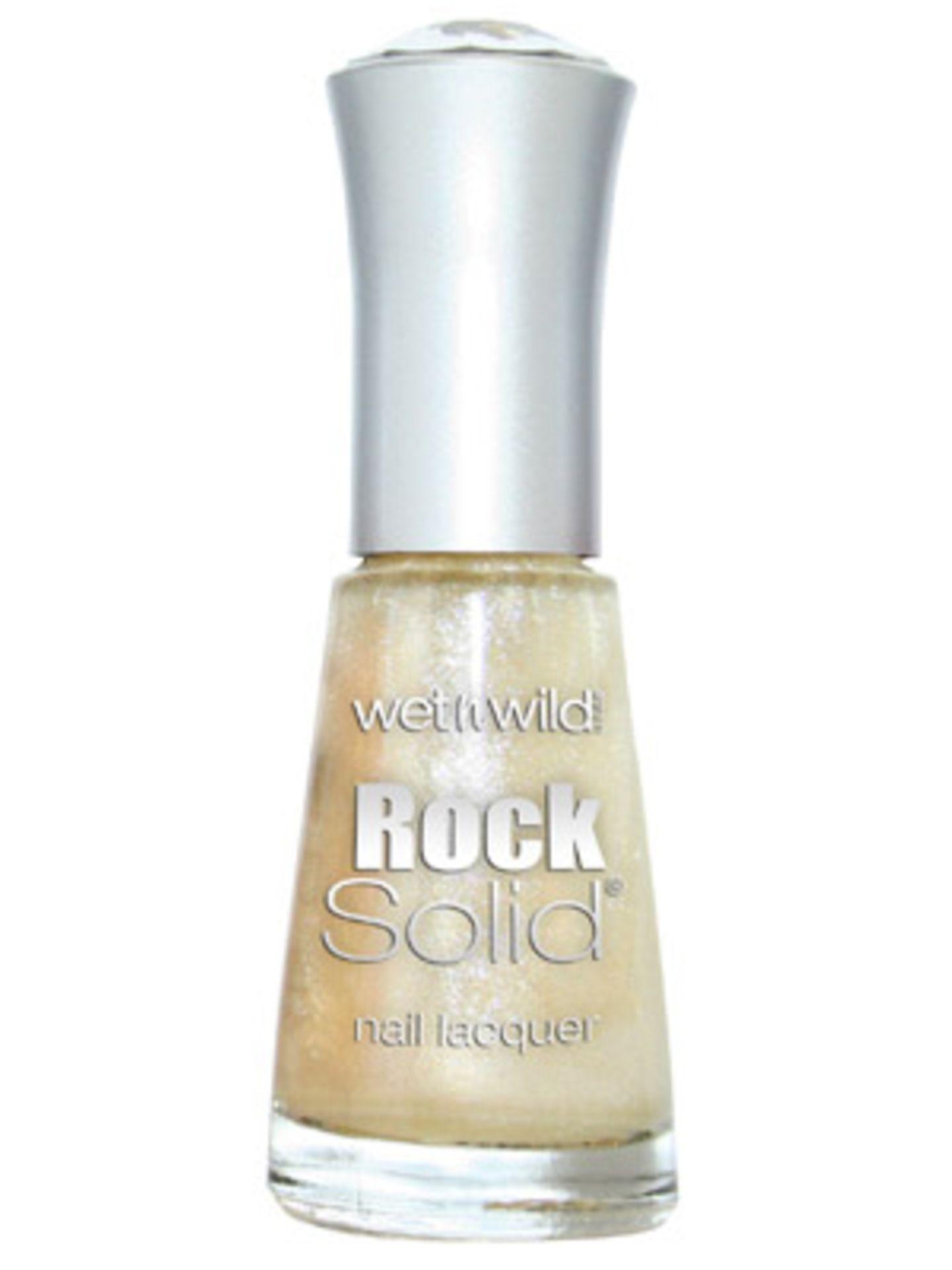 Kräftigender Nagellack Rock Solid mit Glanz-Partikeln von Wet'nWild, um 3 Euro.
