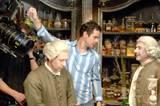 Alt (Kulisse, Dustin Hoffman) und neu (Kameras, die hervorragende Arbeit leisten, sowie Regisseur Tom Tykwer)