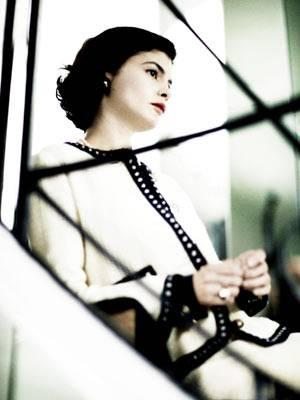 Im Kino: Coco Chanel - Der Beginn einer Leidenschaft    Coco Chanel (Audrey Tautou) bei ihrer ersten Modenschau