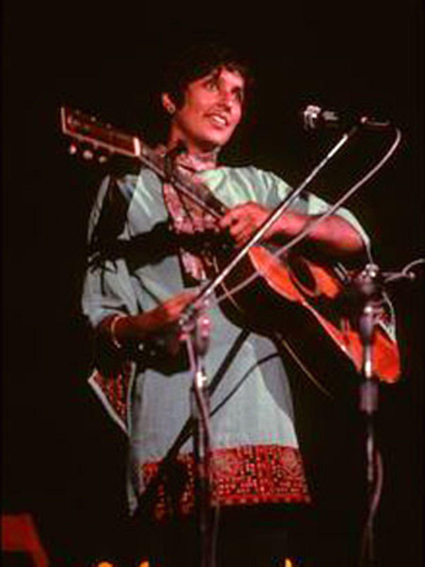 """Folksängerin Joan Baez wird auch als """"das Gewissen und die Stimme der 1960er"""" bezeichnet."""
