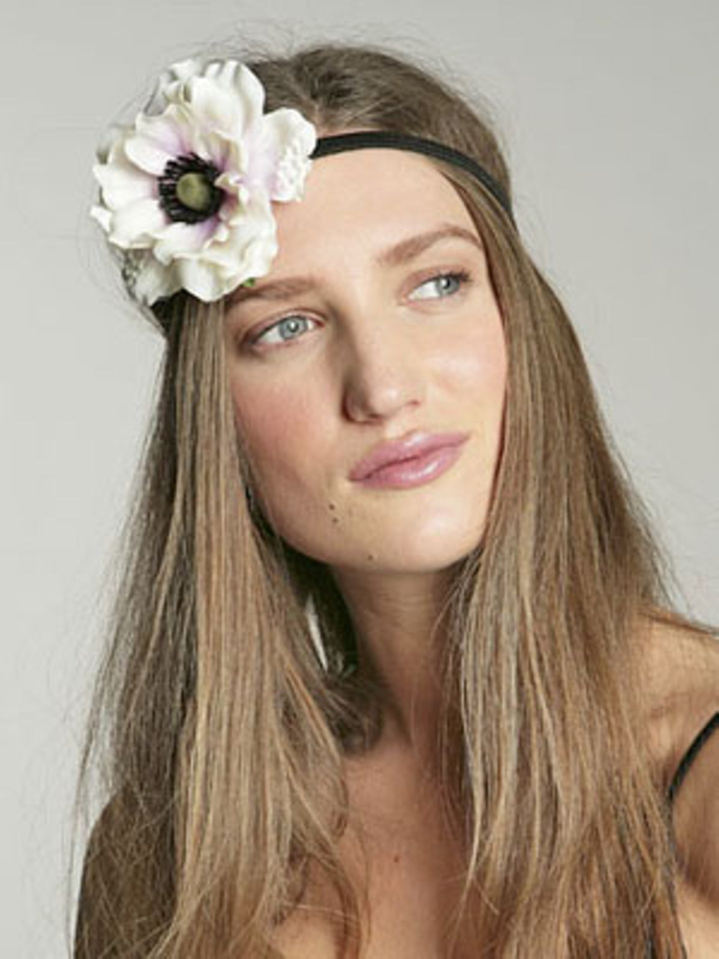 Stilechtes Hippie-Haarband von Urban Outfitters, um 6 Euro.
