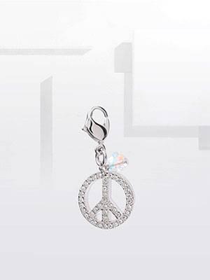 Schlüsselanhänger mit Peace-Symbol aus Swarovski-Steinen von ASOS, um 40 Euro.