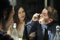 Kino-Tipp: Maria, ihm schmeckt's nicht!    Jan (Christian Ulmen) muss die italienische Verwandtschaft überzeugen, dass er gerne Muscheln isst.
