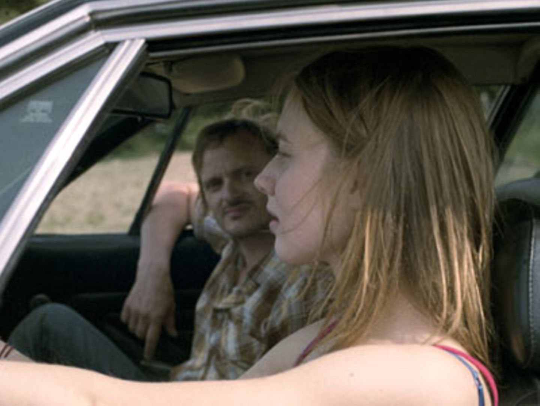 Kino-Tipp: Mitte, Ende August    Thomas (Milan Peschel) fühlt sich zu Augustine (Anna Brüggemann) hingezogen.