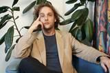 Im Kino: Mein halbes Leben    Regisseur Marko Doringer beim Psychologen...
