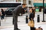 Aber so einfach ist Andrew (Ryan Reynolds) auch nicht zu haben: Er zwingt Margaret (Sandra Bullock), ihm einen Heiratsantrag zu machen.