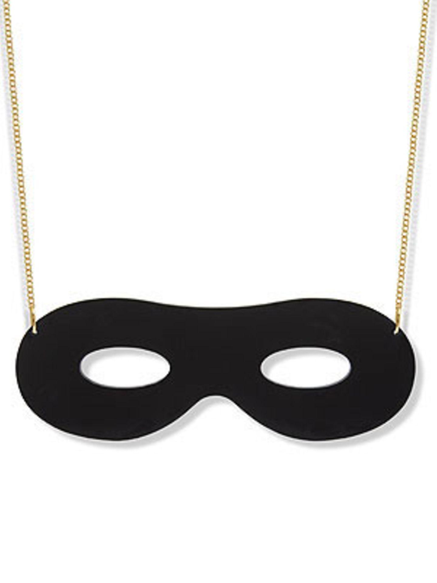 Nicht nur für den nächsten Maskenball geeignet ist diese goldene Kette von www.ladyluckrulesok.com, um 10 Euro.