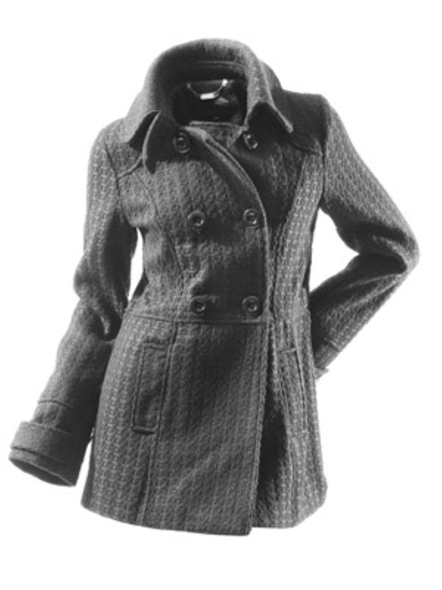 Zweireiher in Grau mit Taillenbetonung von New Yorker, ca. 60 Euro.