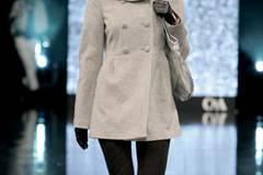 Grauer Mantel; 59,00 Euro; von C&A