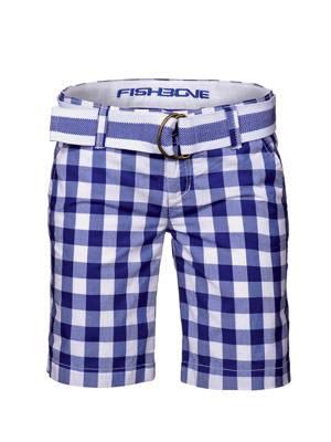 Karierte Shorts mit Gürtel in Blau-Weiß von New Yorker, um 20 Euro.