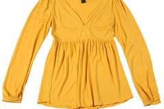 Gelbes Oberteil mit langen Ärmeln; 29,90 Euro; von Mango