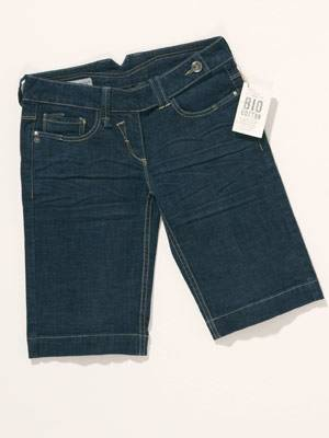 Kurze Jeans; 19 Euro; von 100% Bio Cotton at C&A