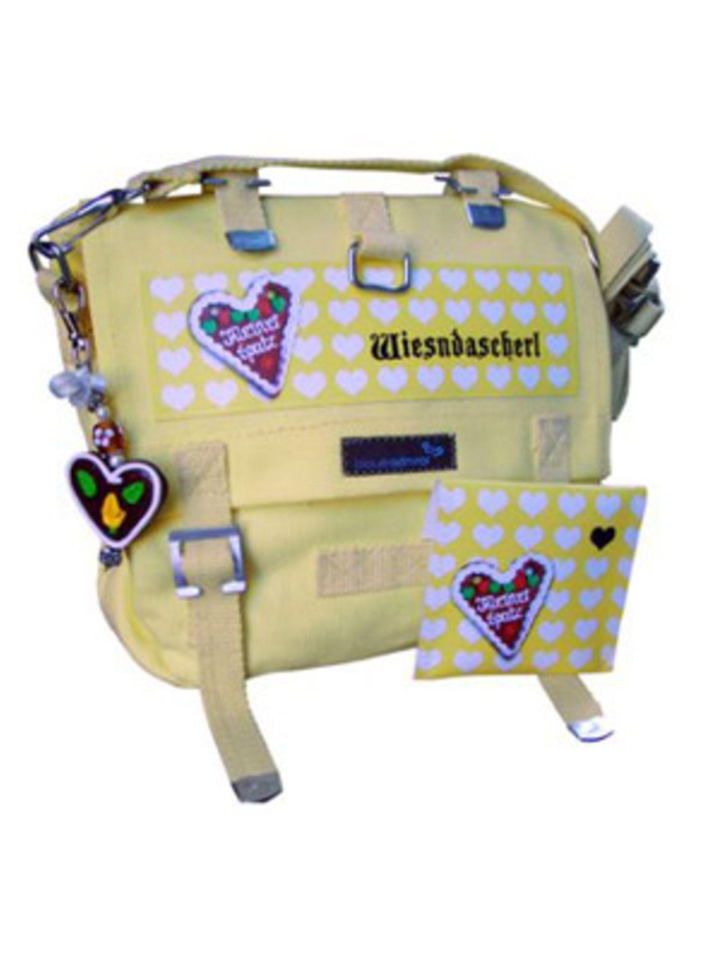 """Offizielles """"Wiesndascherl"""" für jedes Fashion-Victim. Um 50 Euro. Über www.dailyobsessions.com."""