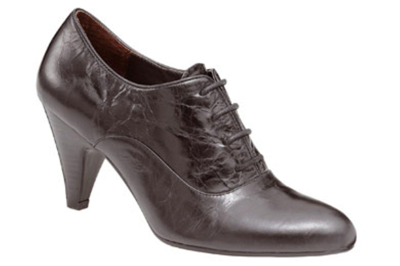Schwarze Ankle Boots; 99,95 Euro; von BELMONDO