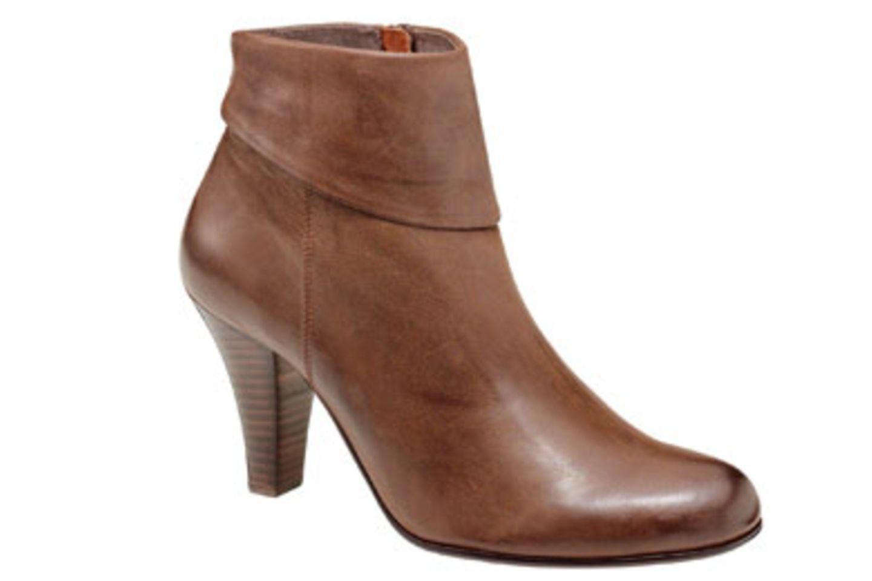 Braune Ankle Boots; 120,00 Euro; von BELMONDO
