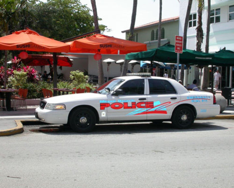 Miami Vice oder CSI: Miami? So jedenfalls sieht ein Miamier Polizeiauto aus.