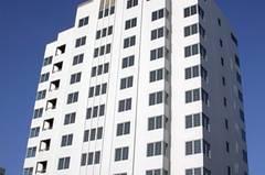 Auch viele Wohntürme und Hotels sind im Art Déco-Stil gehalten.
