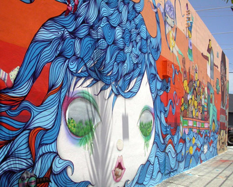 Eigentlich sind Graffitis ja auch in Miami verboten. Den szenigen Stadtteil Wynwood beherrschen sie aber mittlerweile dermaßen, dass manche Hausbesitzer auch mal Werke bei Graffiti-Künstlern in Auftrag geben...