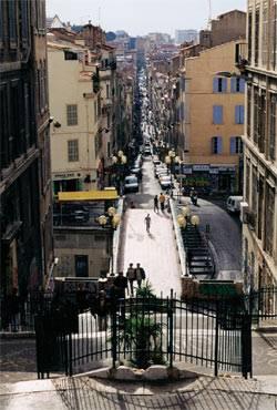 Das Viertel Cours Julien in Marseille