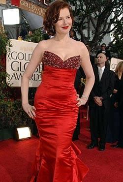 Geena Davis in einem Kleid von Escada