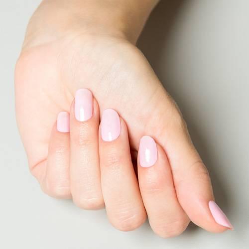 Unsere Step-by-Step-Anleitung für schöne Fingernägel.
