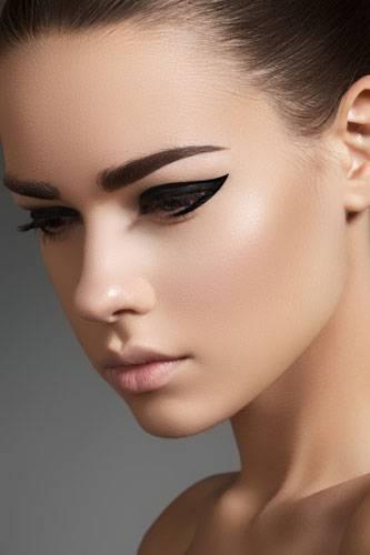 30. Make-up lässt die Haut älter aussehen- stimmt das?