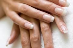 13. Kieselsäure kräftigt die Nägel - stimmt das?
