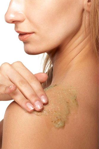 19. Tägliches Peelen macht die Haut klar und rosig - stimmt das?